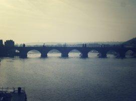 En Puente de Carlos Praga